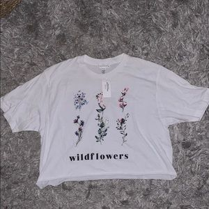 Tillys cropped tee